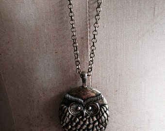 1970s owl necklace / bohemian necklace