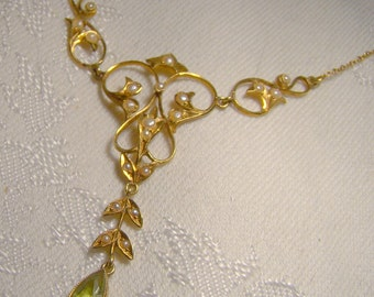 Edwardian 14K Peridot Seed Pearls Lavaliere Necklace 1900 Lavalliere Antique