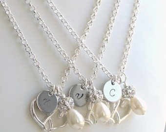 Set Of 3 Necklaces, Set of Three 3 Personalized Bridesmaids Necklaces, Weddings Bridesmaid jewelry, Heart necklaces, Flower Girl