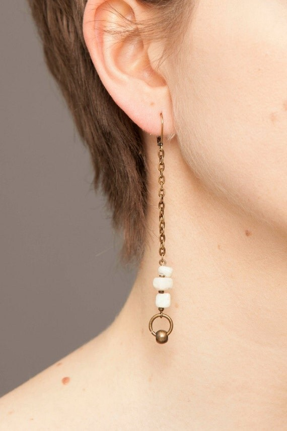 LITTLES LIES - dangling earrings with shells beads, ear cuff - white and bronze antique brass
