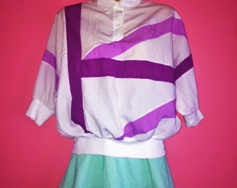 80s Collared Short Sleeve Windbreaker Top, Size Small/Medium