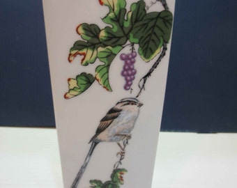 Vintage Fukagawa Porcelain Vase With Grape Vine And Bushtit Bird