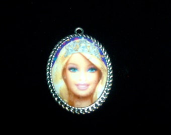 Barbie Pendant and Chain