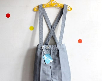 FRENCH vintage 60's / kids / suspender shorts / grey Tergal fabric / new old stock  / size 6/7 years