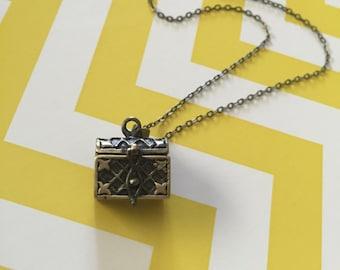 Treasure Chest Necklace, Treasure Chest, Bronze Treasure Chest, Chest, Pirate Necklace, Pirate Jewelry, Bronze Necklace, Necklace