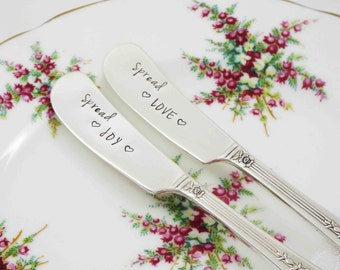 Spread Love, Spread Joy, Butter Spreaders, Cheese Knives, Spreader Set, Cheese Knife Set, Hostess Gift, Holiday Entertaining, Hand Stamped