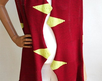 Wearable Fiber Art - Fine Shawl Made of Merinowool and Viscose in Red and Green, Wraparound Garment