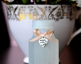 40 Wedding Bubble Bottles with Petal Peach Ribbon and silver made with love heart charm