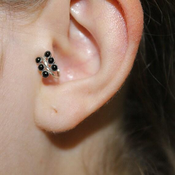 2mm Onyx Tragus Earring - Silver Nose Hoop - Nose Ring - Cartilage Earring - Tragus Ring 18g - Daith Ring - Helix Hoop - Nose Piercing