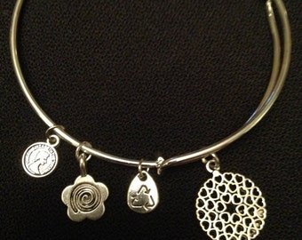 HEART MEDALLION silver alloy wire wrap bangle bracelet with FREE shipping