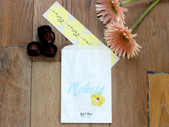 Hawaii Wedding Gift Bags : ... Gifts Guest Books Portraits & Frames Wedding Favors All Gifts
