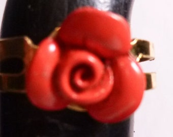Small Red Rose Ring
