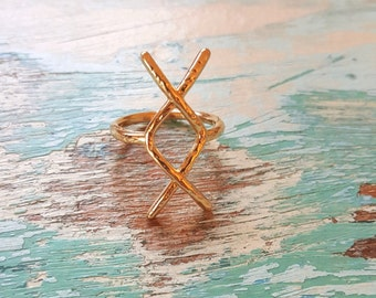 Hammered Rune Symbol Ring Size 6.5 Gold Micro Jewelry Stackable
