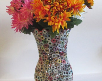Recycled magazine vase, unikat, eco friendly, home decor, recycling, upcycling, 1st anniversary gift, (without decoration)