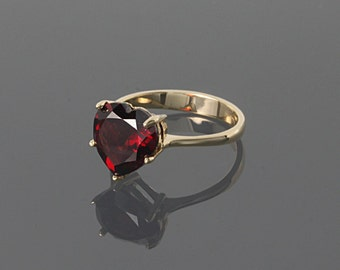Heart ring, Garnet ring, Promise ring, Gold garnet ring, Gold heart ring, January birthstone, Gemstone ring, Birthstone ring, Gift for her