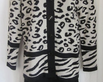 Ami Knits Petites Vintage 70's 2 Piece Animal Print Suit Size 6P Made in USA