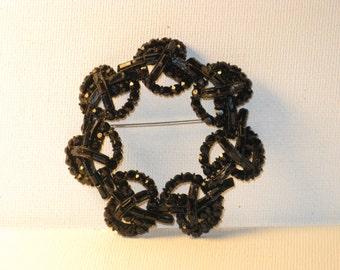 Vintage Vendome Black Glass Rhinestone Japanned Brooch Pin (B-1-5)