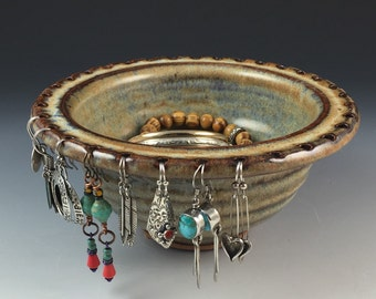 Jewelry Bowl - Earring Holder - Earring Bowl- Jewelry Organizer - In Stock, Ready to Ship - Maple Sugar Glaze - Earring and Bracelet Holder