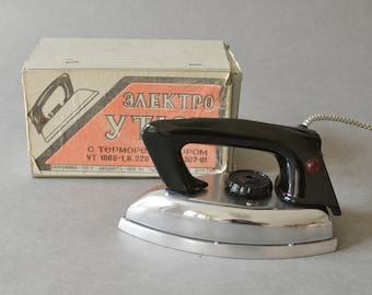 Vintage iron pressing iron flat iron 90s Russian