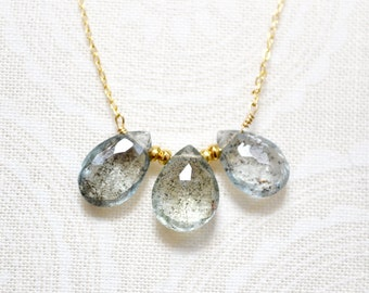 moss aquamarine trio drop necklace  /// delicate layering necklace /// march birthstone