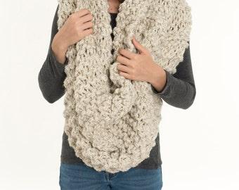 Oversized Chunky Knit Wool Infinity Blanket Scarf, Extra Large Scarf, Huge Hood / Cowl, Cozy Neck Warmer, Women's Winter Knitwear