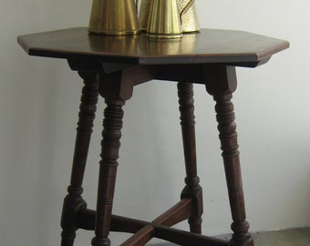 Vintage Octagon dark wooden side table with turned legs