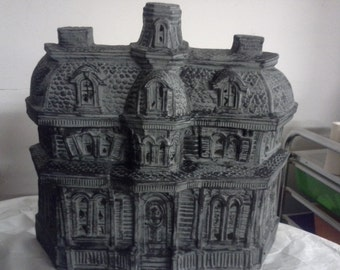 Byron Halloween Mansion
