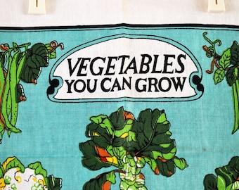 Vintage Souvenir Tea Towel / Vegetables You Can Grow Souvenir Tea Towel / Linen Cotton Kitchen Towel / Wall Hanging Kitchen Decor / Towel