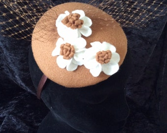 Caramel and cream felt fascinator