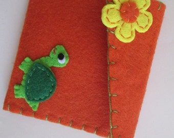 Coin Purse with Turtle and Flower - Felt coin purse - Felt Wallet - Christmas Gift - Back to school -