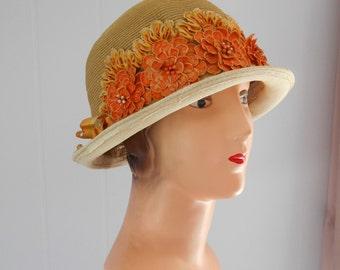 Beautiful 1920's/Flapper/Great Gatsby Straw Cloche with Orange Flowers