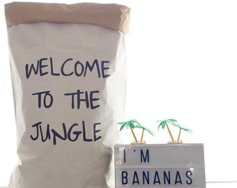 JUNGLE//paper bag, handpainted, storage of clothes, toys ...