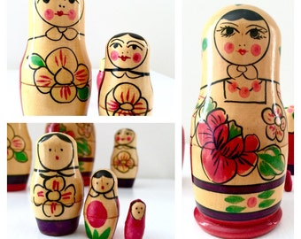 Christmas Nesting Dolls, Mordovian Red Floral Russian Nesting Doll Set of Six. Stunning Matryoshka Doll, Babushka Doll, Stacking Doll.