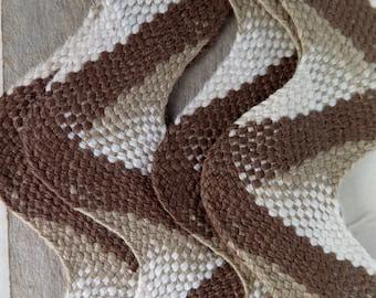 rick rak  brown and white  and tan   est. 1 1/2 yard 1/2   cotton  sewing notions sewing supplies wavy rickrack