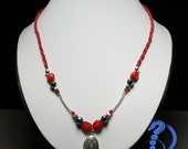 Locket in Red Macrame Necklace with Gemstones