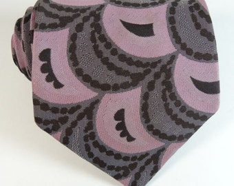 Vintage 1960s Tie Europe NOS Mens Necktie Scalloped Brown Pink