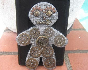 Steampunk, Clockwork,  Gingerbread Man, Made in the USA, Handmade, cyberpunk, retro-futuristic, Neo-Victorian, Key, Gearhead, button eyes