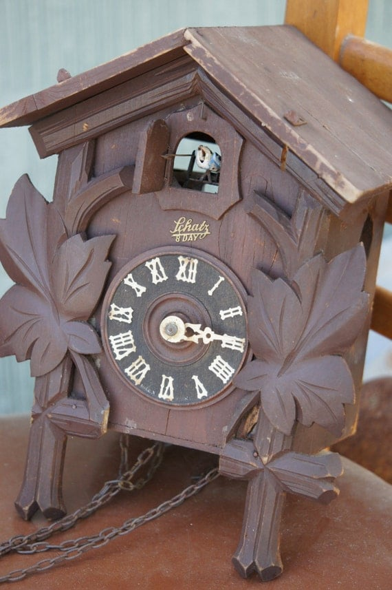 Vintage Schatz 8 Day Cuckoo Clock Maple Leaf With Blue Bird