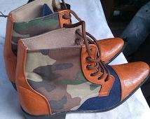 Men combat boots