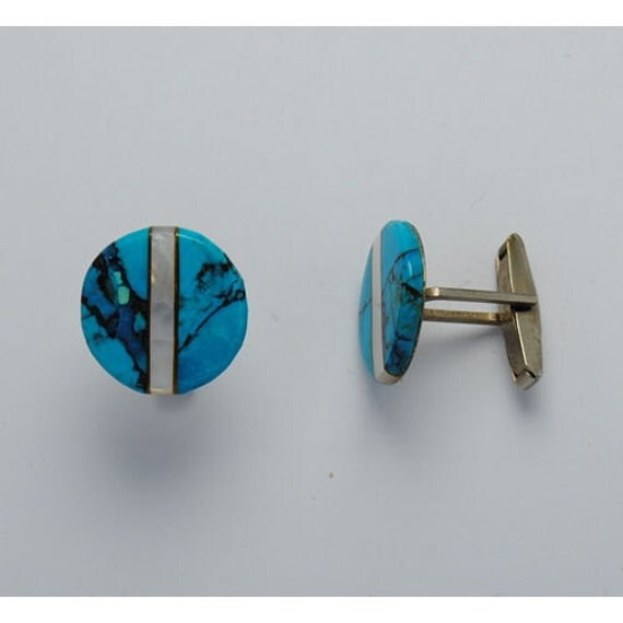 Vintage Cufflink with Turquoise and mother of pearl round shape