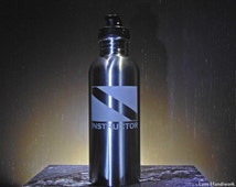 Scuba INSTRUCTOR Dive Flag Etched Brushed Stainless Steel Bottle