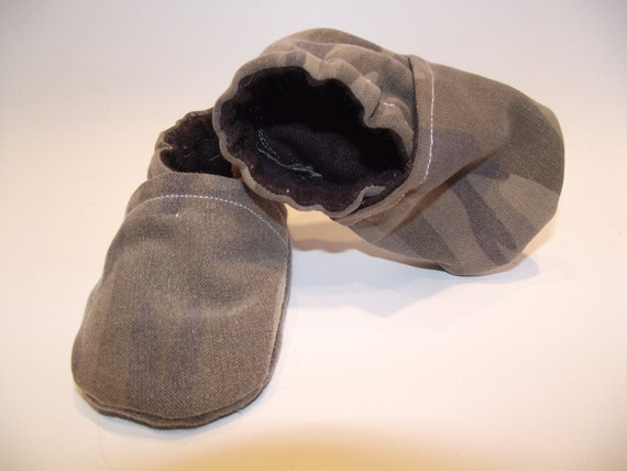 Green camo army jean baby booties shoes  -  Size US 2 for 3-6 Months