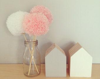 3 Pom pom flowers
