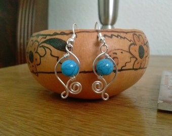 Graceful, Delicate Silver Earrings with Turquoise colored Beads