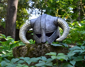 Dovahkiin iron helmet dovakin skyrim dragonborn horn game The Elder Scrolls V inspired cosplay fan art