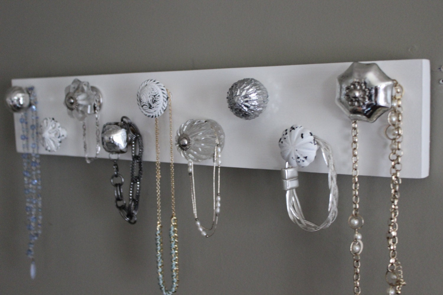 Jewelry organizer 9 knob necklace holder jewlery organizer for Decor jewelry