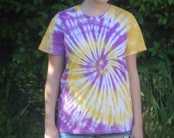 Gold and lilac Spiral tie dye shirt.