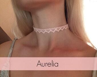 Aurélia peachy pink choker