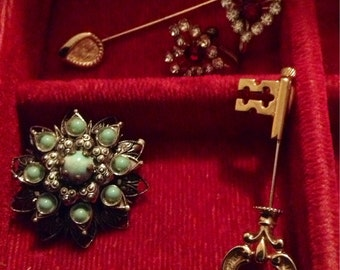 Vintage Jewelry Collection