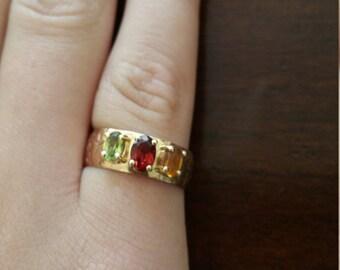 9k cigar band ring with semi-precious gems